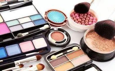 化妆品的注意事项