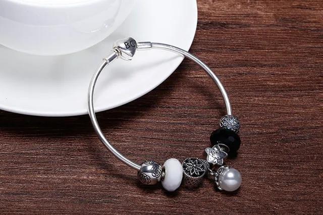银饰的分类有哪些 市场上的8大白银首饰种类介绍